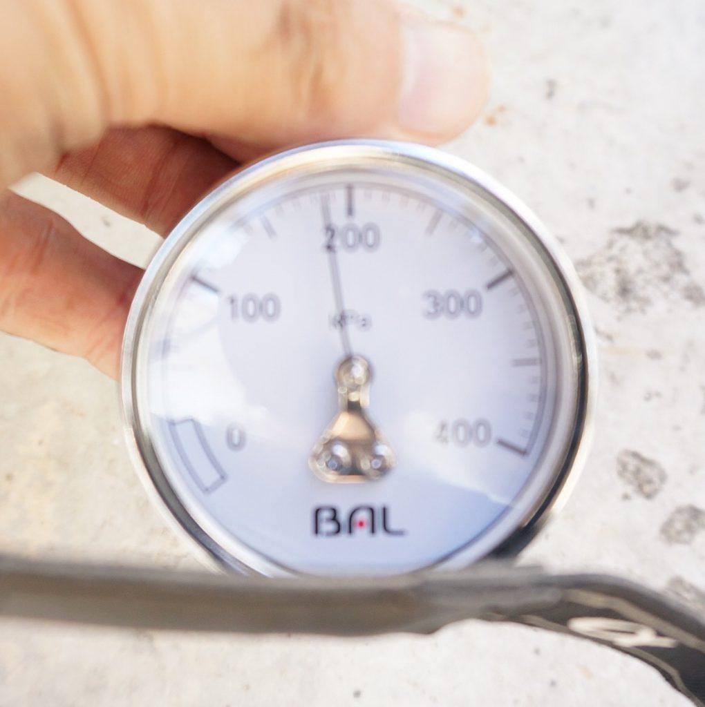 圧力180